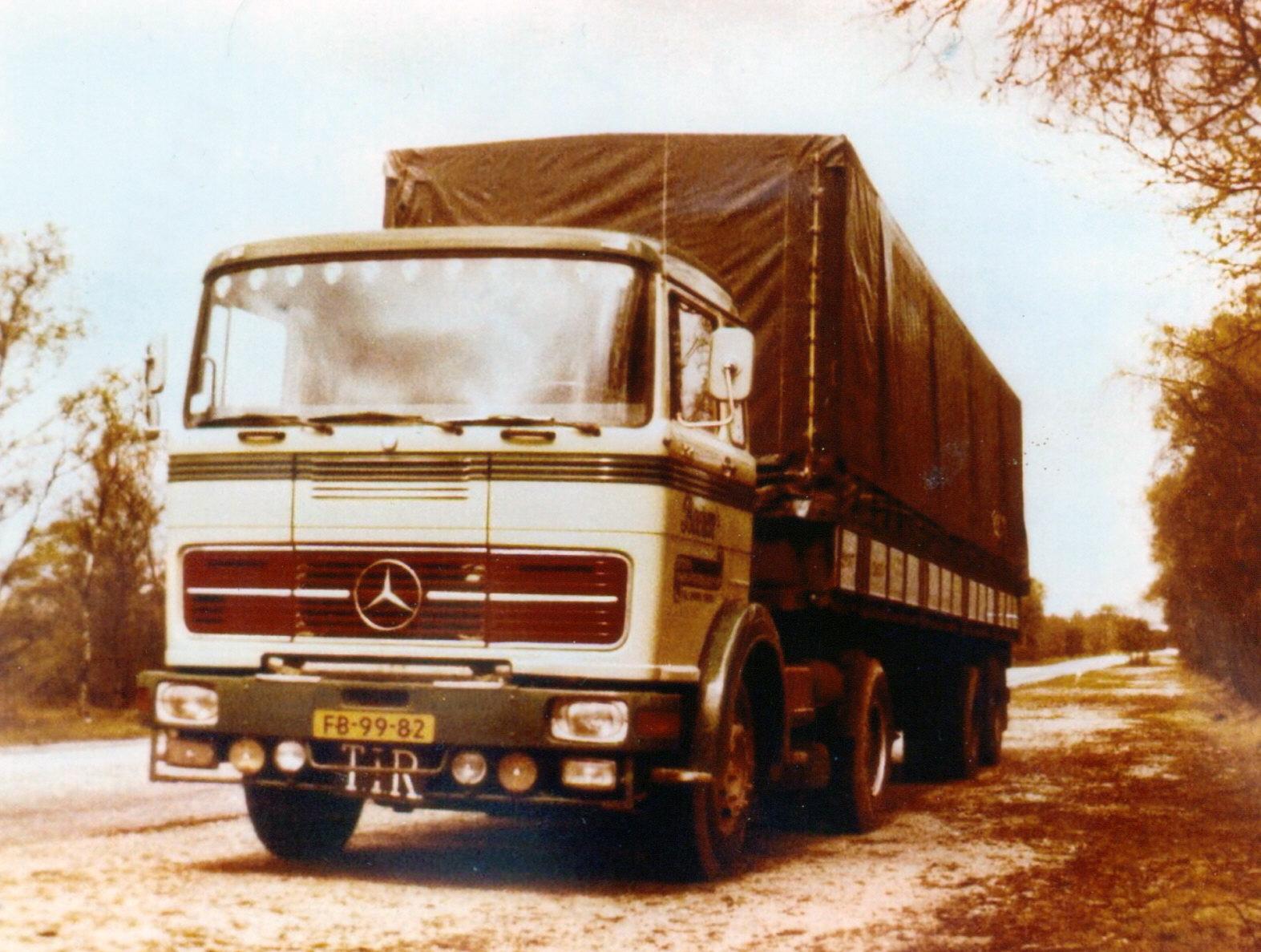 Mercedes  FB-99-82_bewerkt